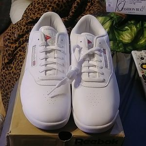 New Reebok Classic Woman's Tennis Shoes Size 12W